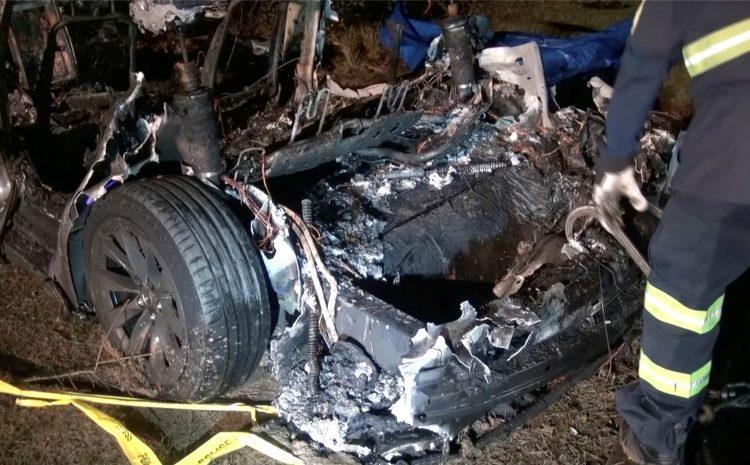 Крушение Tesla, в результате которого погибли двое, проливает свет на шаткую историю компании с американскими следователями по безопасности