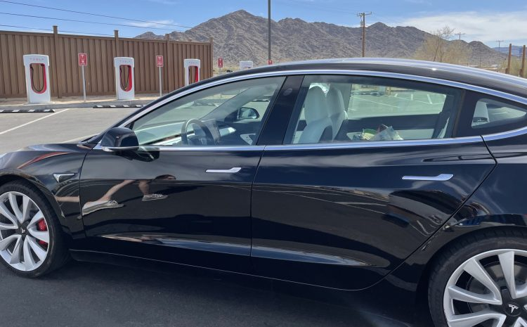 1800 миль в Tesla Model 3 (Джейсон Снелл)