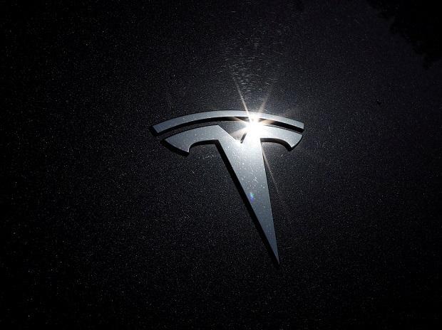 Автомобиль Tesla Model S Plaid Plus « отменен », пишет Илон Маск в твиттере