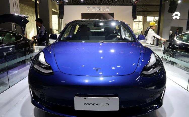 Маск говорит, что цена на автомобили Tesla растет из-за давления в цепочке поставок