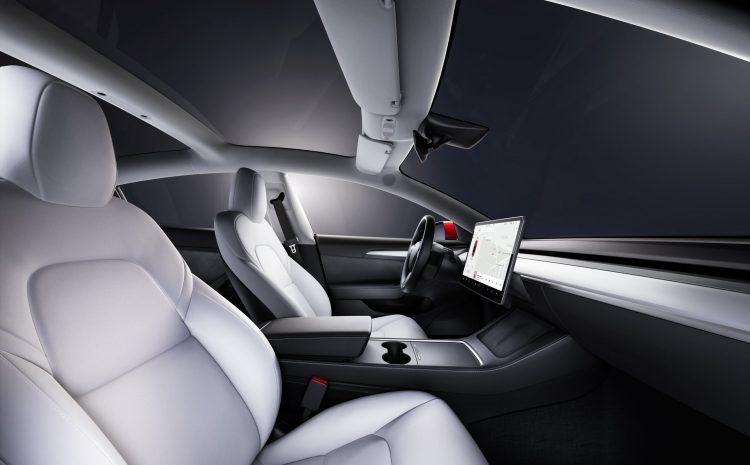 Обновление Tesla добавляет стриминг Disney + и режим автомойки