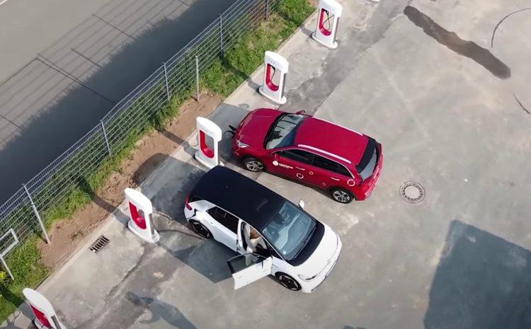 Илон Маск подтвердил, что Tesla планирует открыть Supercharger для других автопроизводителей в конце этого года