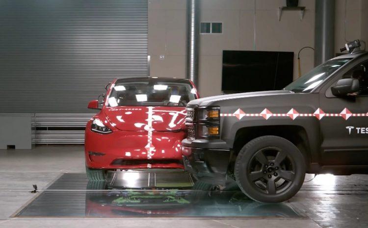 Tesla представила новую технологию безопасности при авариях, основанную на сборе реальных данных